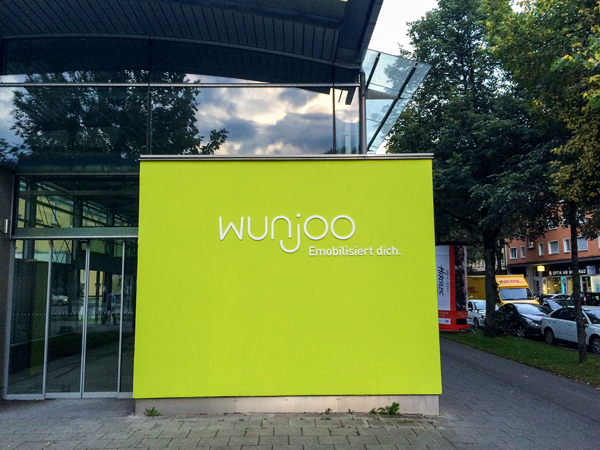Wunjoo Logo und Claim 3D Buchstaben